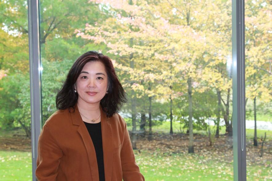 Bio | Joanna W. Ng